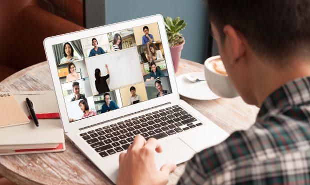 Training en visitaties: met andere scholen leren over de invulling van onderwijs online én op school