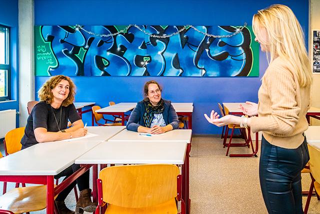 Driehoeksgesprekken: praten mét in plaats van over leerlingen